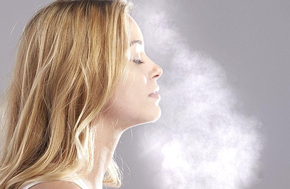 طريقة تنظيف البشرة بالبخار