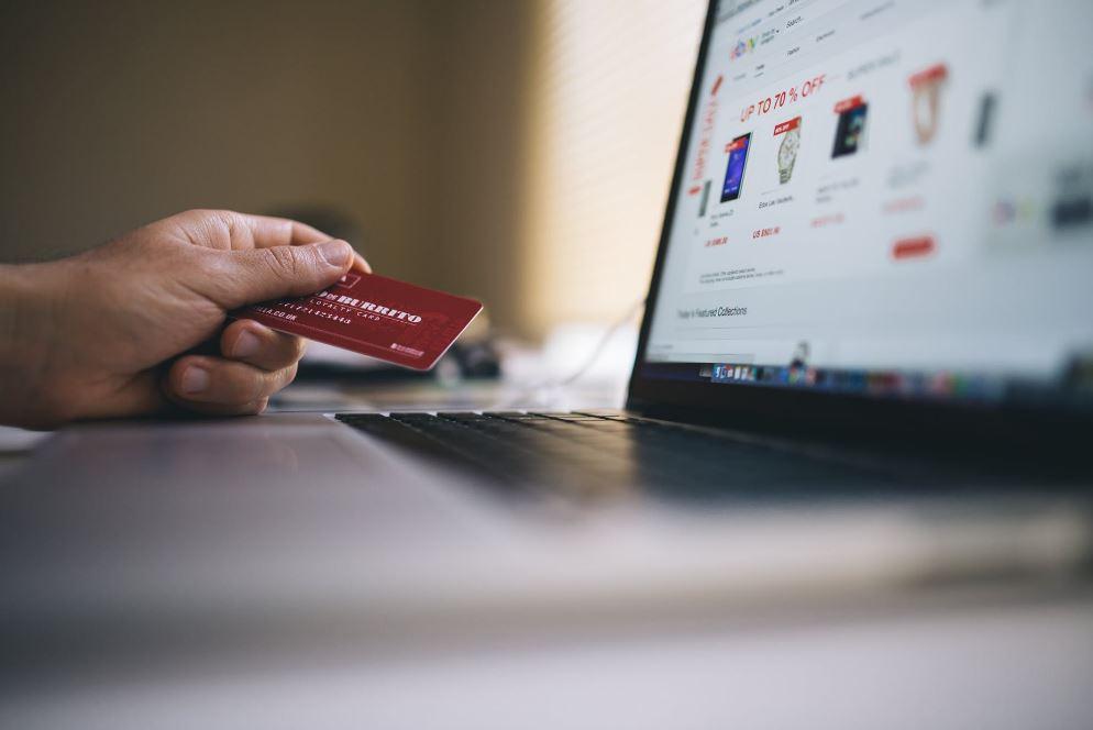 مواقع تجارة إلكترونية عربية وعالمية بمختلف المجالات
