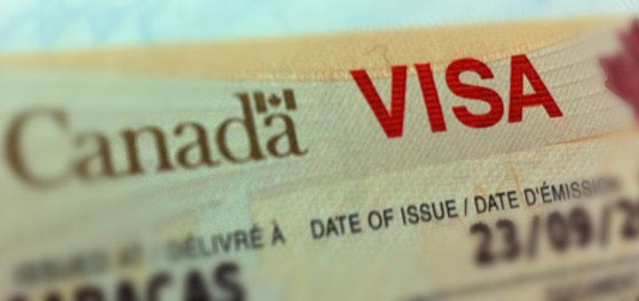 البطاقة الخضراء الكندية