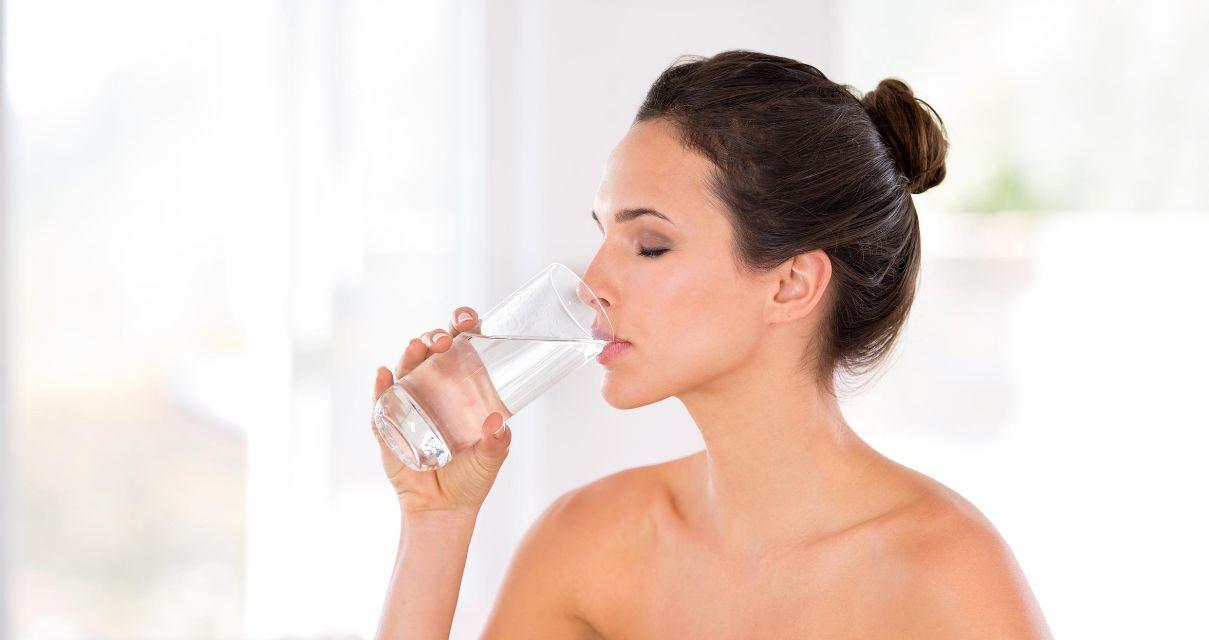 شرب كمية كافية من الماء يوميًا