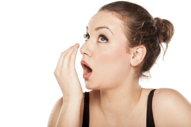 خلطة لإزالة رائحة الفم الكريهة