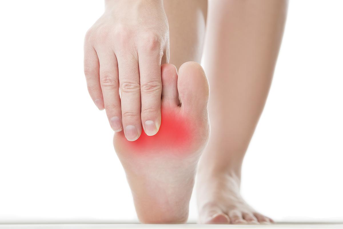 علاج التهاب أعصاب القدم بالأعشاب