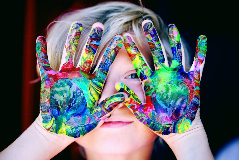 مرض ADHD اضطراب فرط الحركة وقصور الانتباه لدى الأطفال والكبار