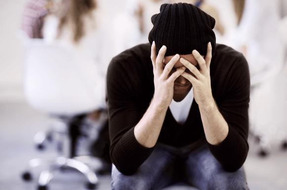 أعراض الاكتئاب المزمن