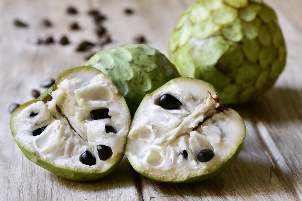 أفضل وأهم أنواع الفاكهة.. فاكهة القشطة (الجرافيولا)