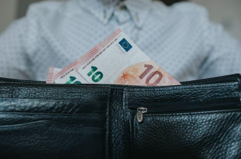 خيارات لتحقيق دخل إضافي شهري وكسب المزيد من المال