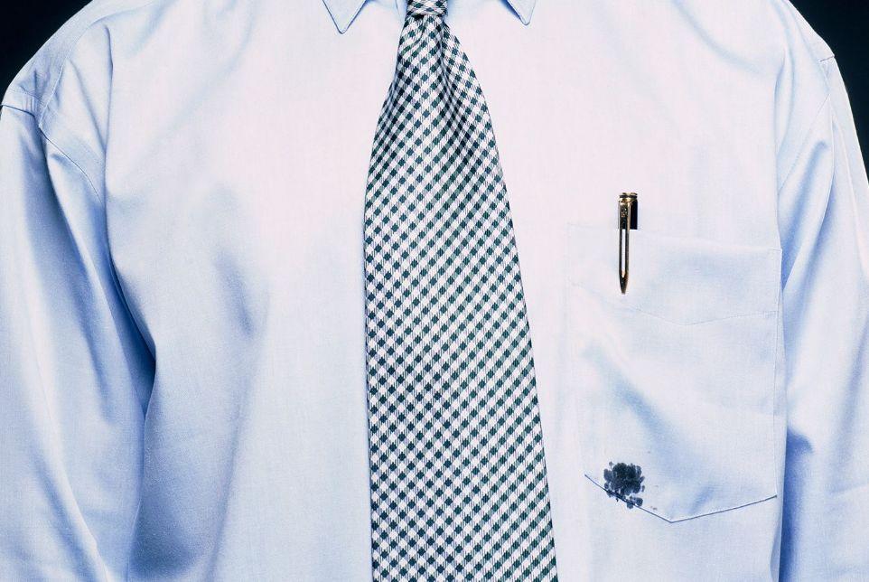 نصائح مهمة لـ إزالة بقع الحبر من الملابس