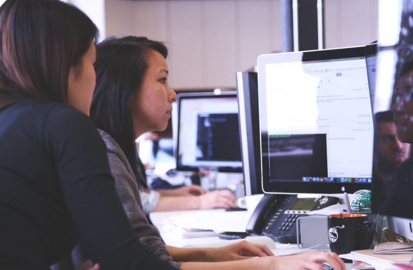 أهم 4 استراتيجيات مميزة تساعدك في تسويق الخدمات على اختلافها