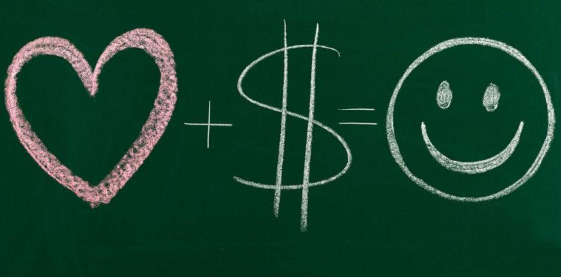 إنشاء فكرة ومشاعر إيجابية عن المال