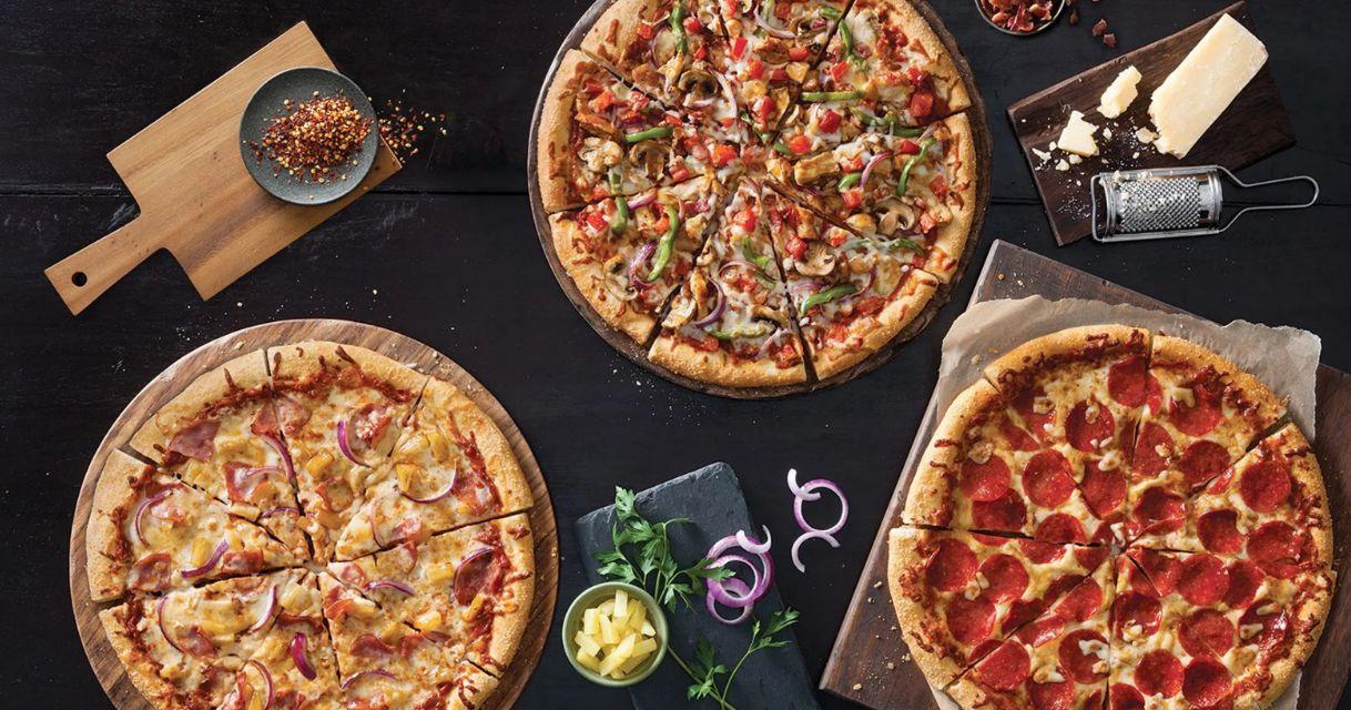 تحضير البيتزا هت