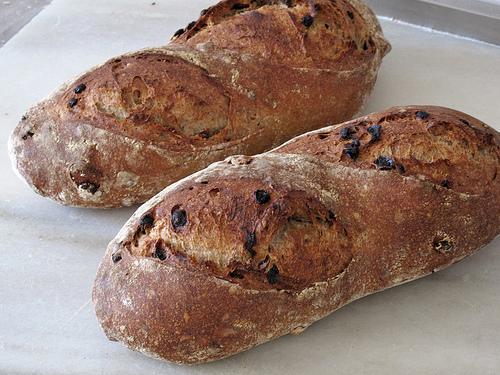 قطعتين من خبز الذرة