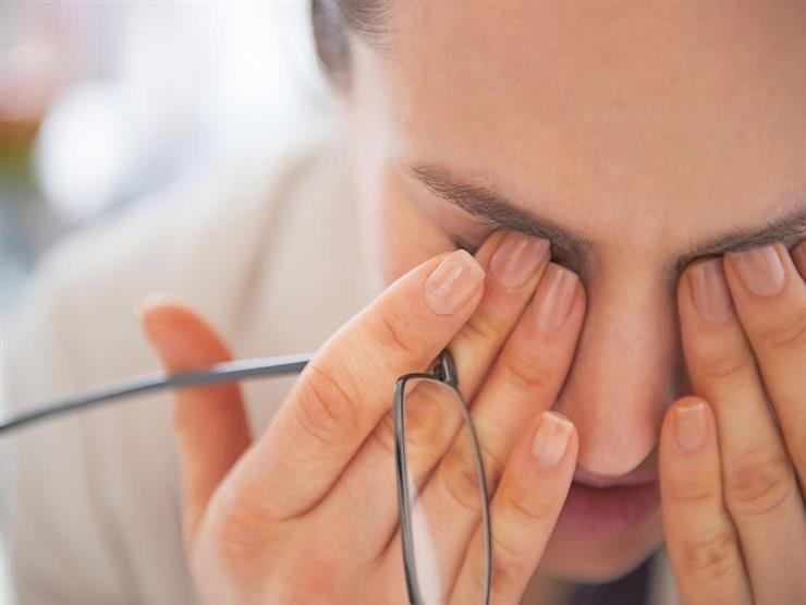 اسباب غشاوة العينين وعلاجها
