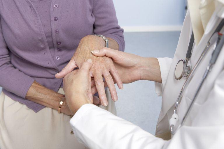 أسباب وأعراض الروماتيزم