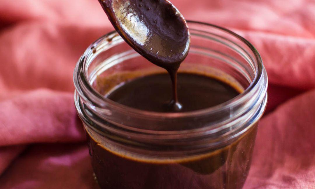 صوص للكيك بالشوكولا – صوص الشوكولا والقطر
