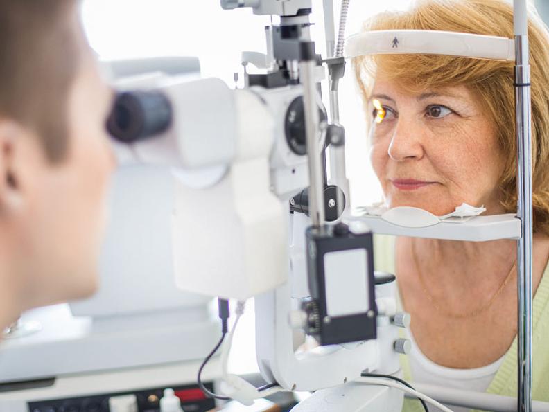 كيف يمكن علاج انحراف العين بالتمارين؟