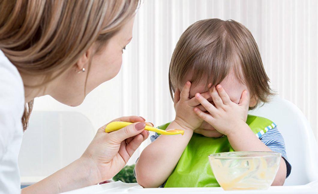 مخاطر قلة الأكل عند الأطفال