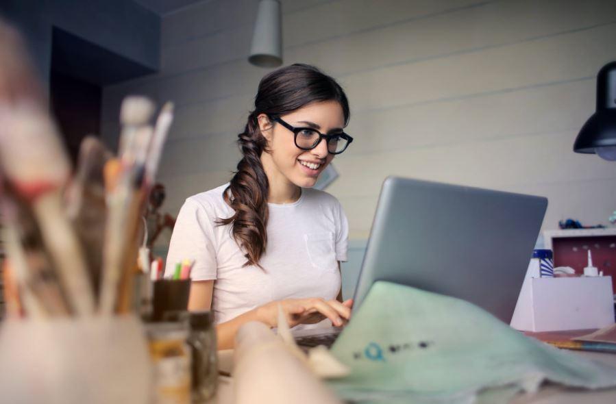 إليك هنا قائمة من 20 خيار لـ أفكار مشاريع تجارية صغيرة يمكنك الاختيار فيما بينها