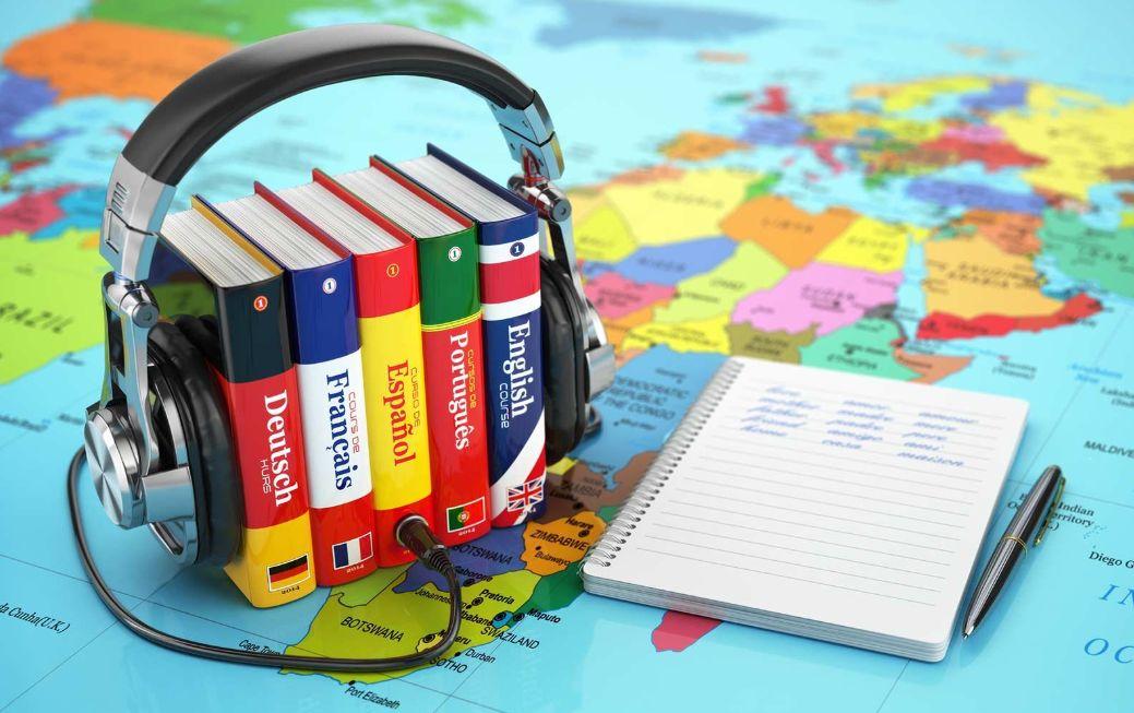 الاستماع إلى الأغاني باللغة التي تريد تعلمها