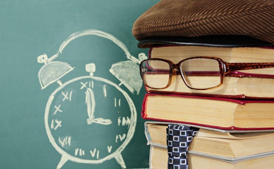 قراءة القصص والكتب باللغة الإنكليزية