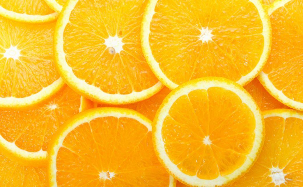 كم سعرة حرارية في البرتقال