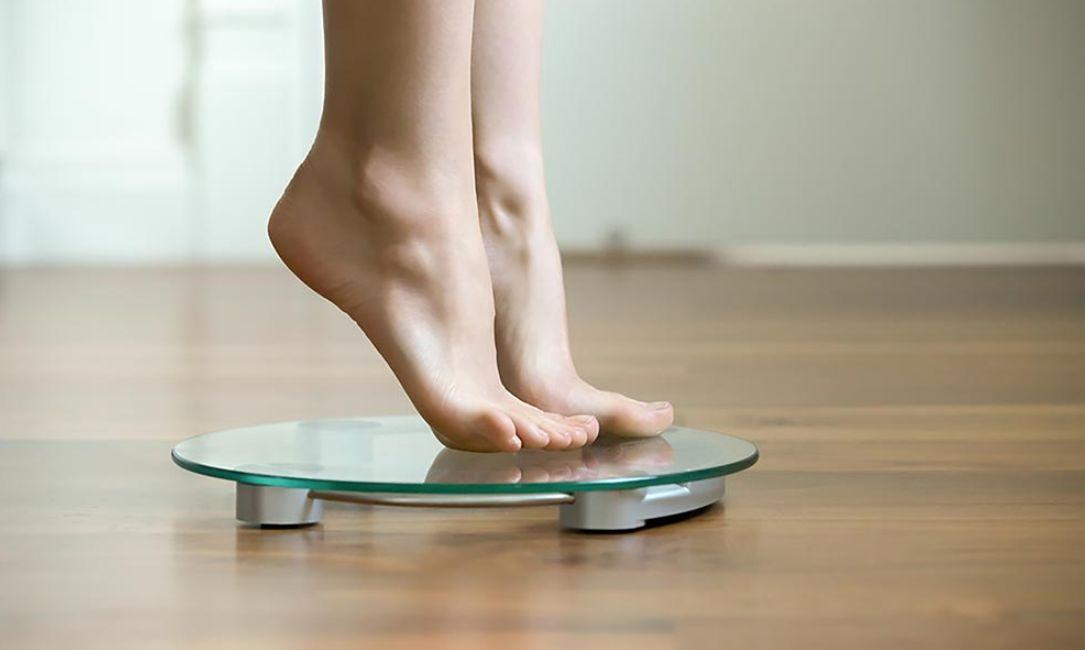 ما هو ثبات الوزن ولماذا يحدث؟