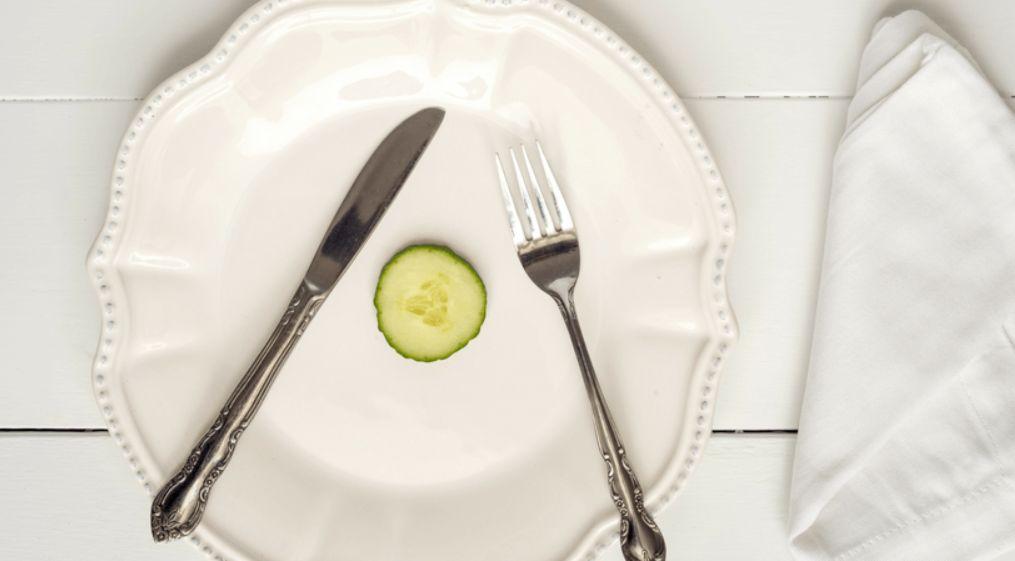 ابتعد عن الحرمان من أي طعام تحب تناوله