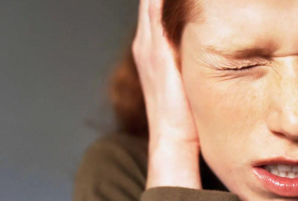 أعراض متلازمة حساسية الصوت