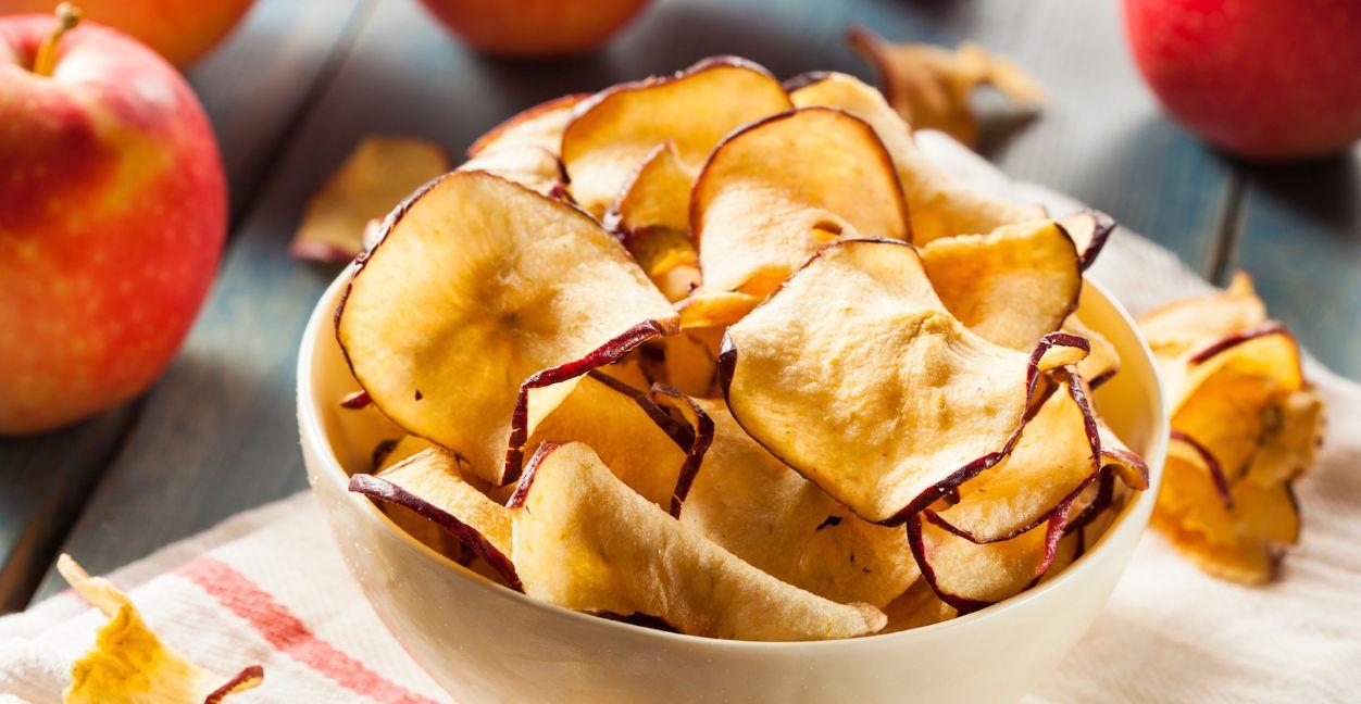 شيبس التفاح بطريقة مسيلات لا تزيد الوزن