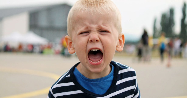 لا تتجاهل غضب طفلك لأنه إشارة مهمة
