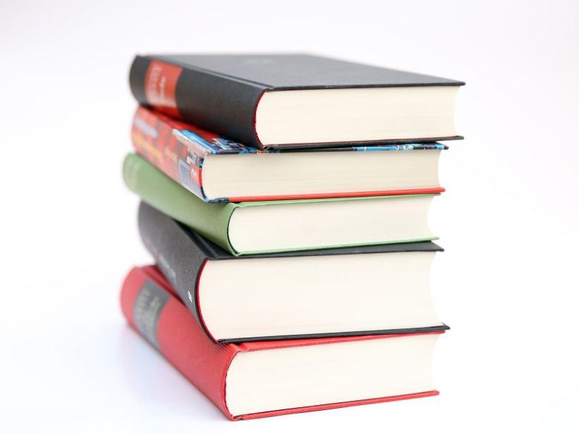 روايات عالمية مترجمة لمجموعة من الكتاب من حول العالم