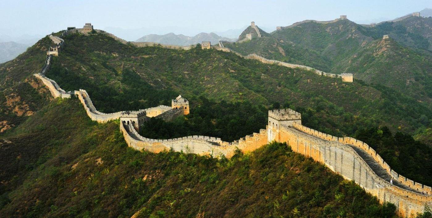 سور الصين العظيم أفضل الأماكن السياحية