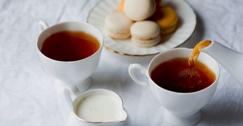 كيف تتناول الشاي؟ و هل الشاي يسمن ؟