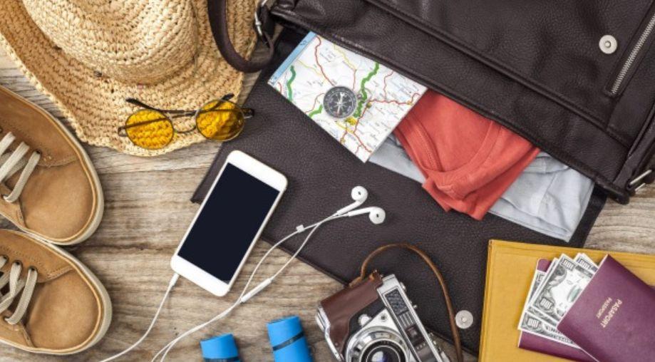ماذا أضع في حقيبة السفر ؟ وما هي أهم الأشياء التي يجب أن أحملها معي؟