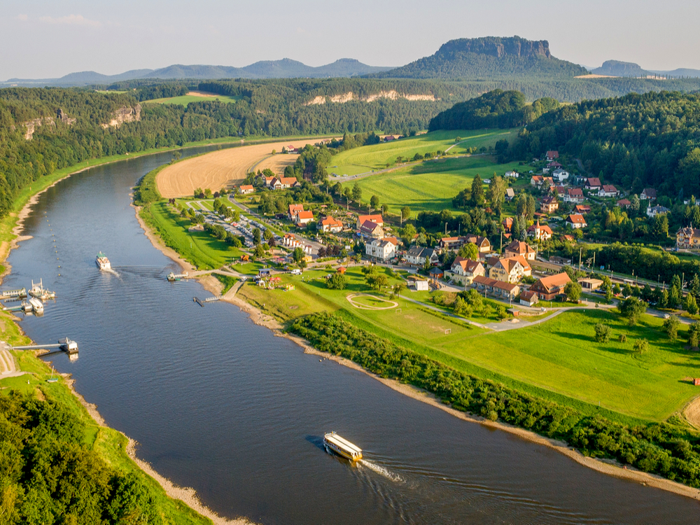 معنى نهر صغير لم يسبق له مثيل الصور + E-FRONTA.INFO