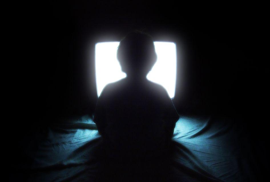 هل ابنك مدمن؟ إذن إليك كل ما يخص علاج إدمان الأطفال على الألعاب الإلكترونية
