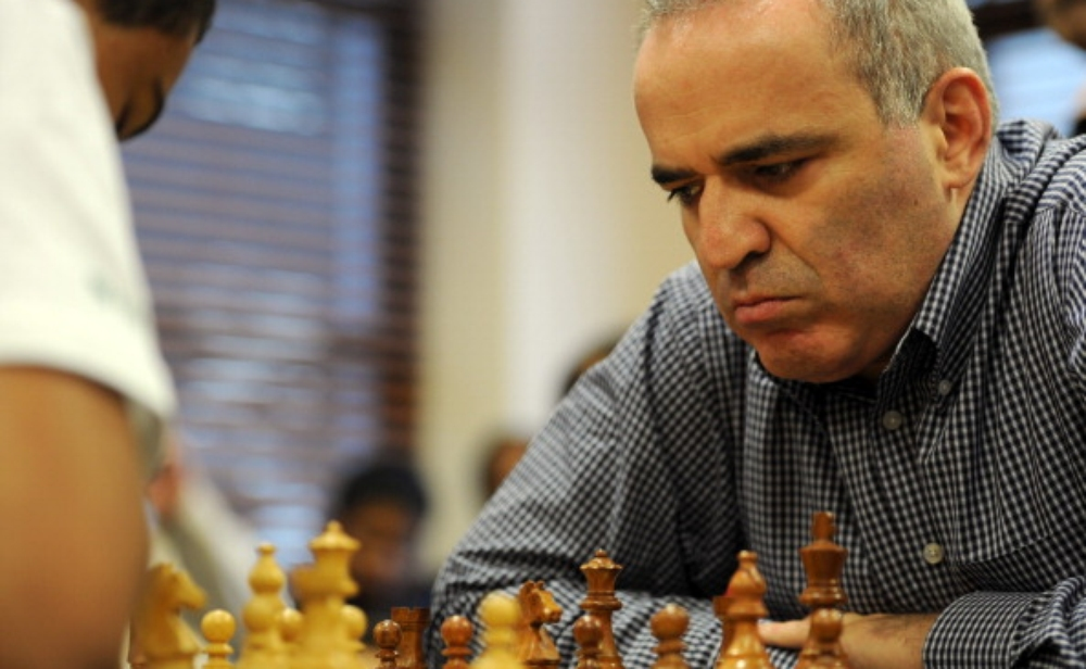 ملك الشطرنج غاري كاسباروف