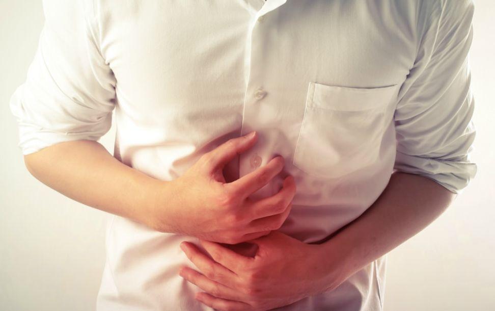 هل تعاني من أعراض قرحة المعدة ؟ إذن إليك كل ما يخص القرحة وتجب معرفته