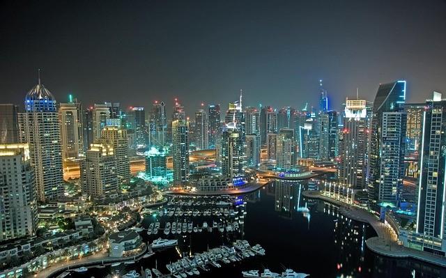 هل تخطط لزيارة دبي ؟ إليك أبرز العروض لتوفير المال في هذه الرحلة