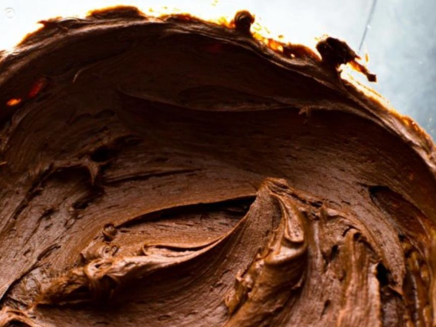 كريمة الشوكولا طريقة عمل كب كيك بالشوكولاتة