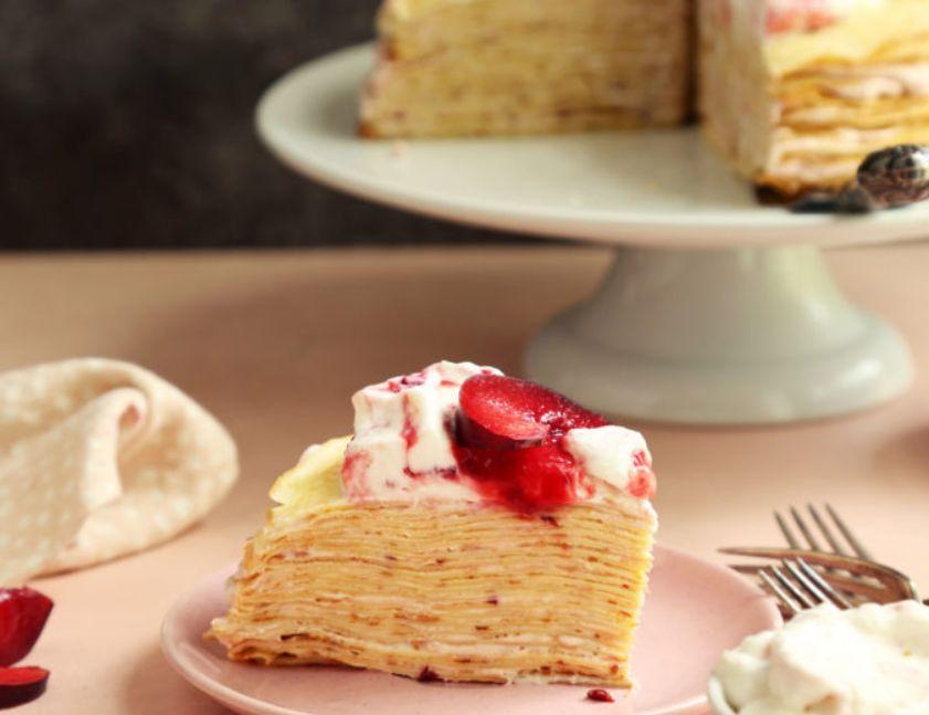 كيك الكريب بالكريمة والفاكهة طريقة عمل الكريب الحلو الفرنسي