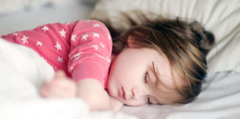 نصائح لضمان نوم صحي لطفلك
