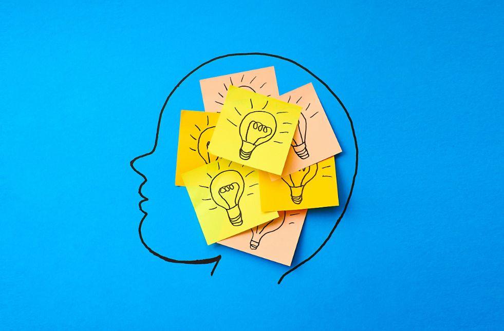 1 – اربط المعلومات واترك الملاحظات واضبط التنبيه تنشيط الذاكرة
