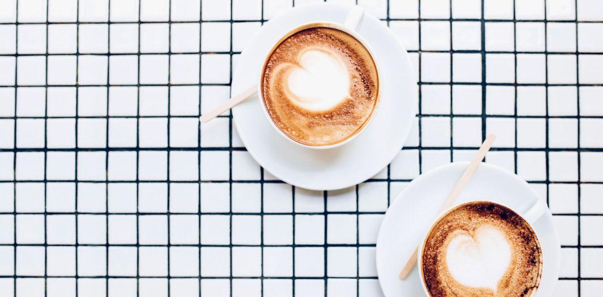 هل مبيض القهوة يزيد الوزن ؟ نعم لأنه يزيد من جوعك