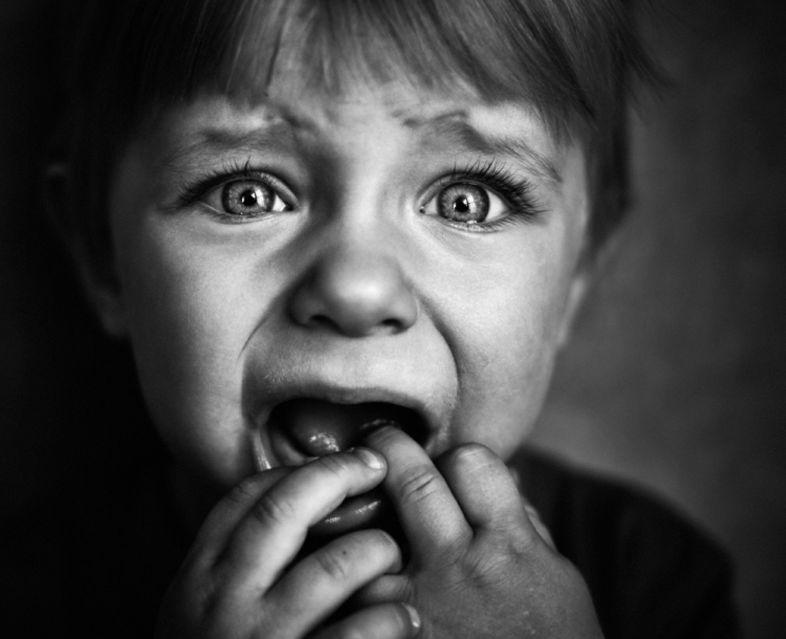 الخوف لدى الأطفال والسيد وحش تحت السرير والسيدة المقيمة في الخزانة