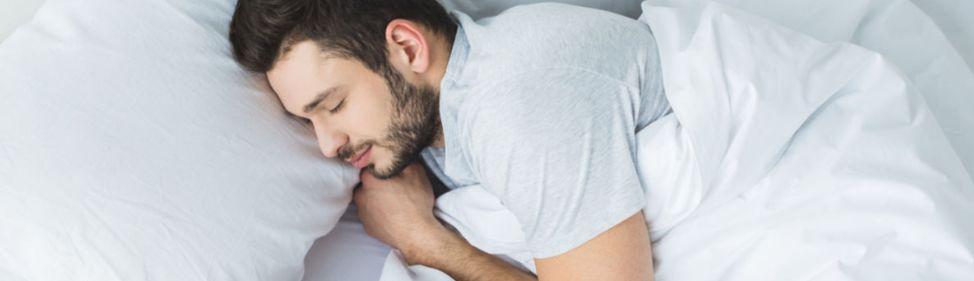 12 – الحصول على المقدر الكافي من النوم زيادة المناعة في الجسم