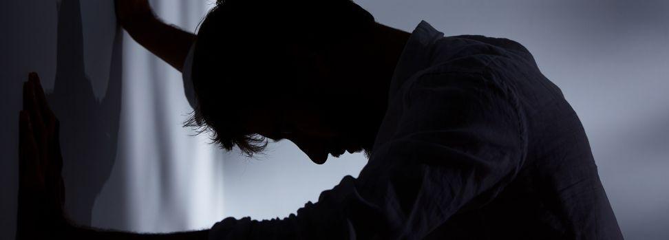 2 – اعمل على الحد من التوتر والقلق الذي تشعر به زيادة المناعة في الجسم