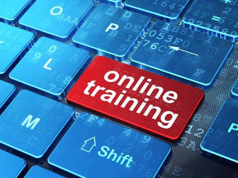 أفضل 10 مواقع تقدم دورات تدريبية مجانية أون لاين مع شهادات معتمدة