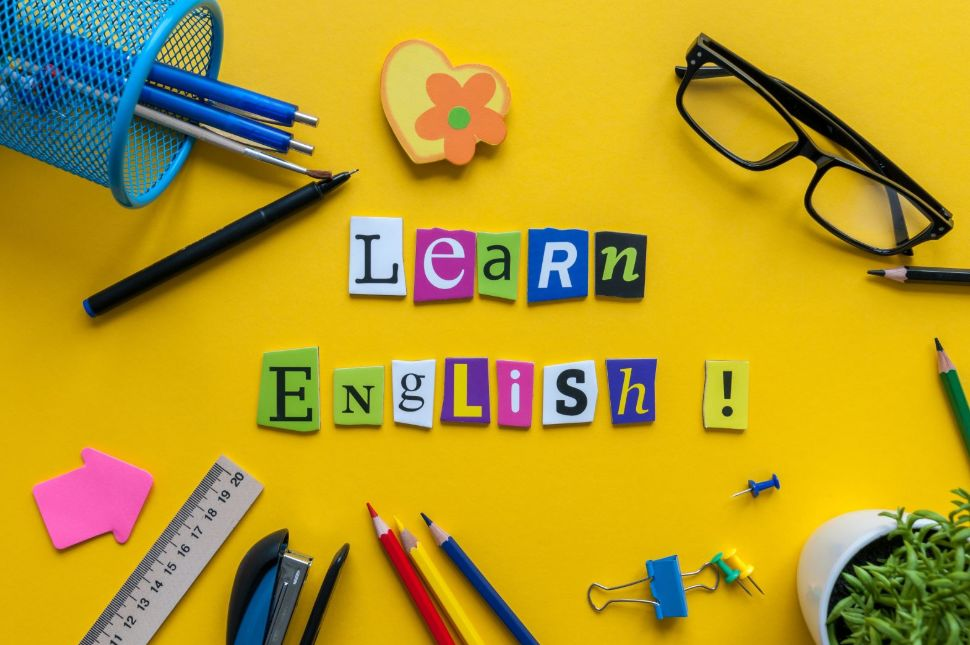 أفضل 10 مواقع محادثة إنجليزي ..