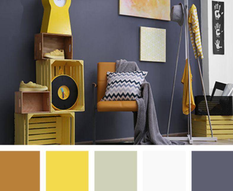 الأصفر والخردلي الألوان التي تناسب اللون الرمادي