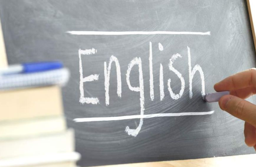إنجلش ون هاندرد English 100 تعلم اللغة الإنجليزية بالعربي
